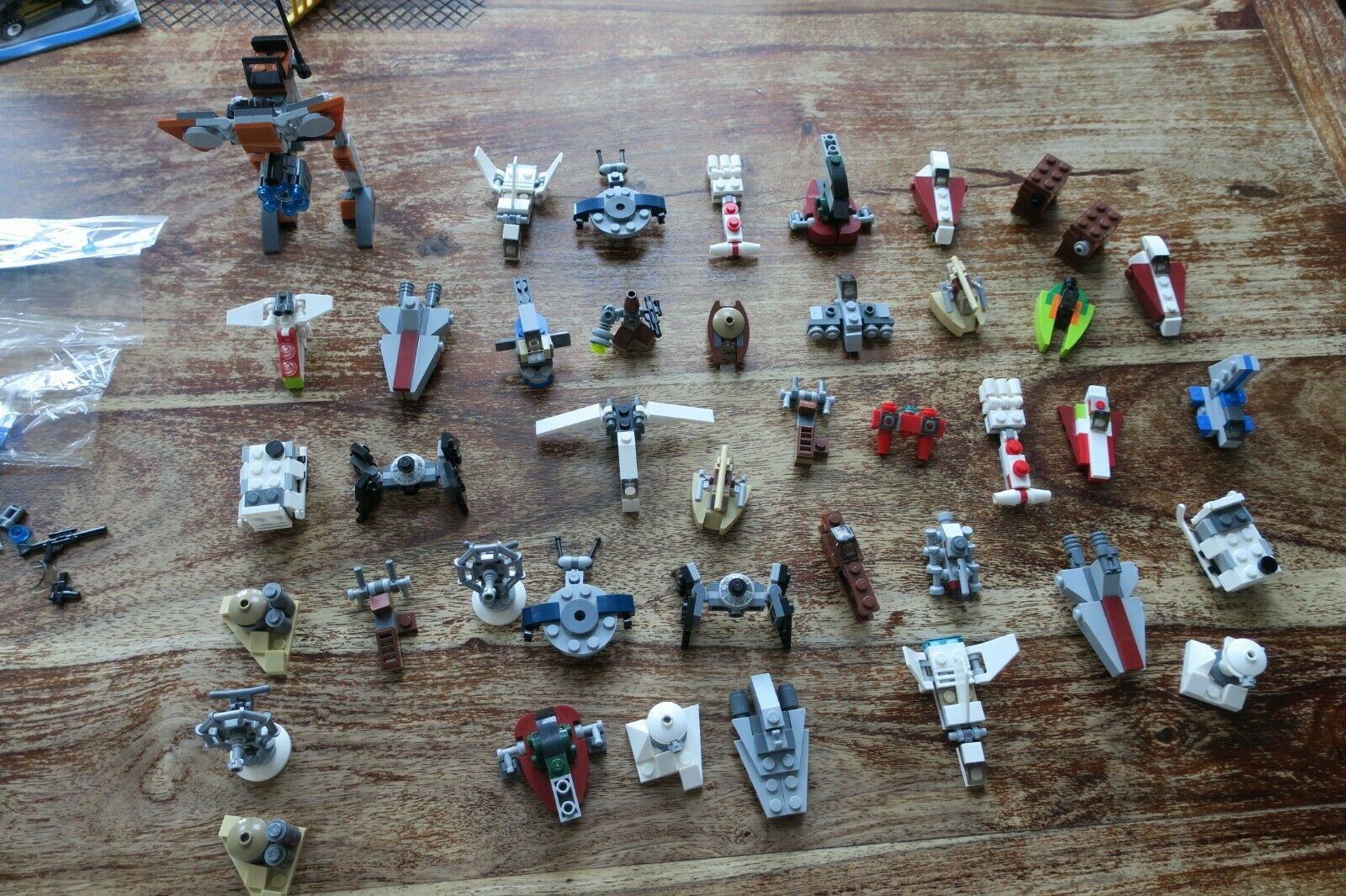 Bundle Lego Star Wars 41 Mini Starships and Accessories and Pod