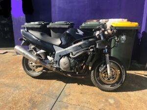 Honda-CBR1100xx-Wrecking-Brisbane-Freight-Australia-Wide