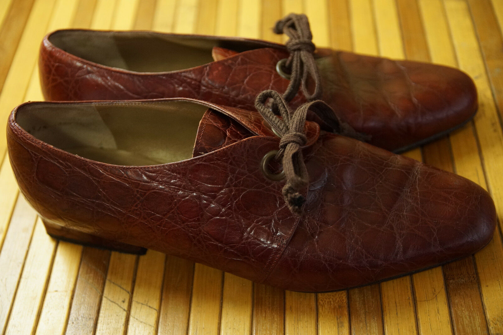 CASTELLINI Vintage chaussures 9 5 8  Insole UK4 1-Eye Texturouge Leather Square Heel