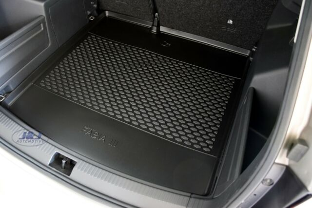 Genuine Skoda Fabia Hatch 2015 />  Rubber Bootliner