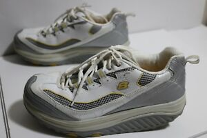acción conductor Leia  Skechers Women's Shape Ups 10 White Leather Metabolize Fitness Work Out  Sneaker | eBay