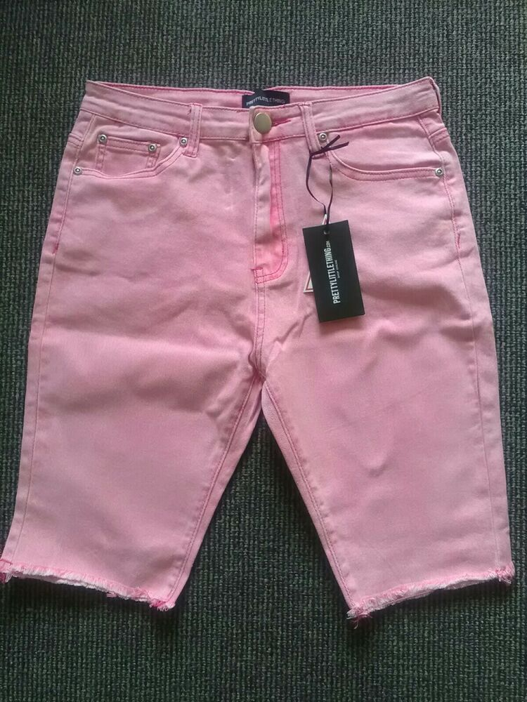 Bnwt Pretty Little Thing Rose Short En Jean Taille 12