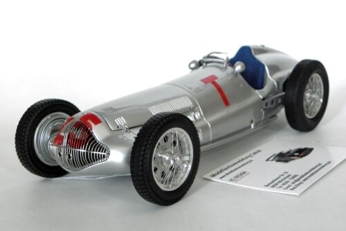 1938 MercedesBenz W154, GP France in 118 Scale by CMC M099