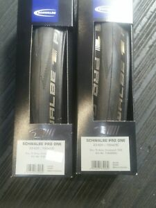 2-x-SCHWALBE-PRO-ONE-TUBELESS-ROAD-BIKE-TYRES-PAIR-700C-23MM-CLINCHER