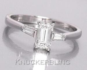 Diamond-Engagement-Ring-0-71ct-G-VS1-VS2-Emerald-Cut-in-18ct-White-Gold
