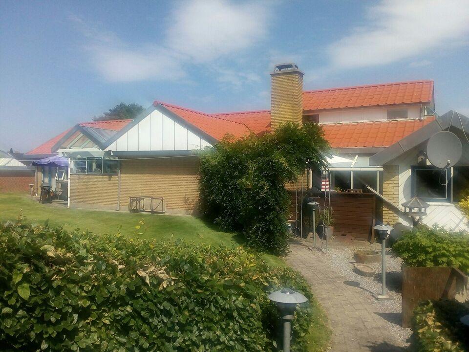 Spændende og attraktiv villa tæt på  skole