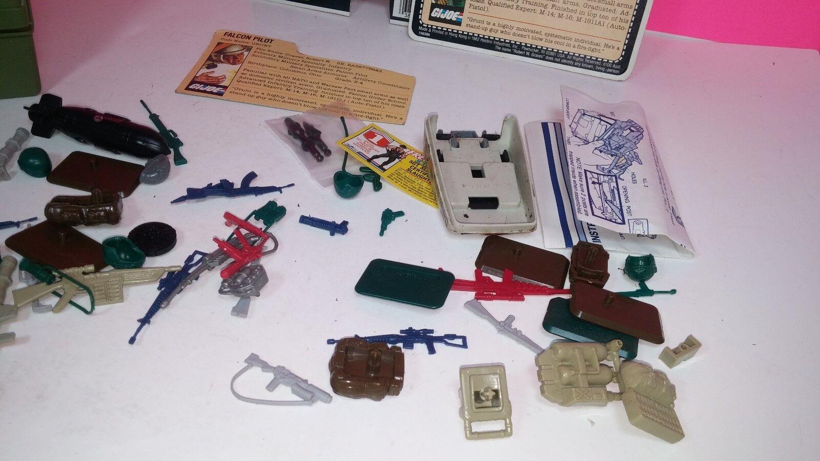 Hasbro Gi Joe Vintage Action Figure Weapons     Parts Lot 1982 773032