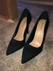 New Boxed Ladies Black Faux Suede Court Shoes Size UK 3/'s 7/'s FREE UK P/&P