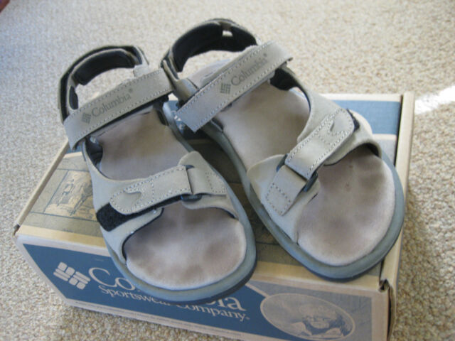 Womens Columbia Sandals - Elkridge Size 8 in great condition - original owner