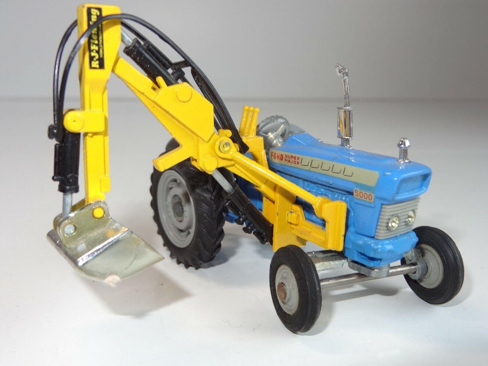 (W) CORGI Ford 5000 super major tracteur avec pelle - 74
