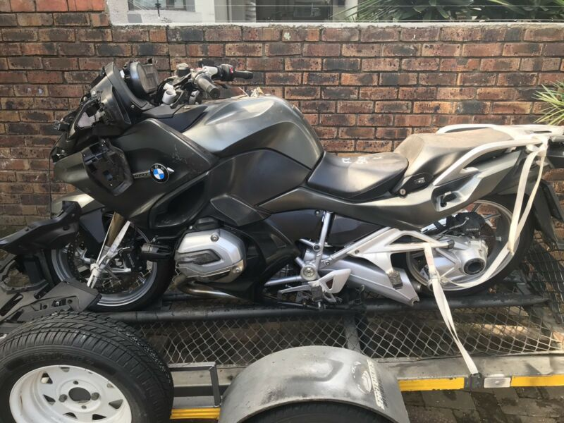 BMW R1200RT LC Stripping for Spares