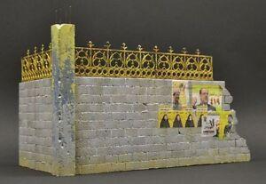 DioDump-DD027-Cinder-block-wall-corner-039-Fallujah-039-1-35-scale-diorama-model-kit