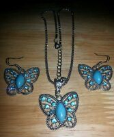 Royal Bali Turquoise/ Blue Topaz Silver Butterfly Pendant Chain/earring Set