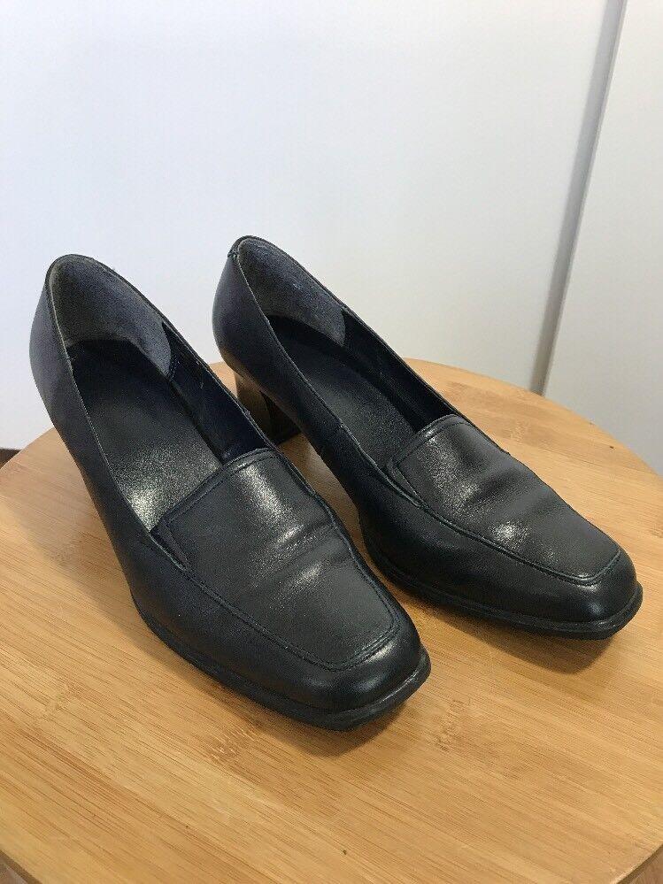 Clarks Womens Blue Low Heel eu Court Shoe Size 4.5 eu Heel 37.5 92ee4d