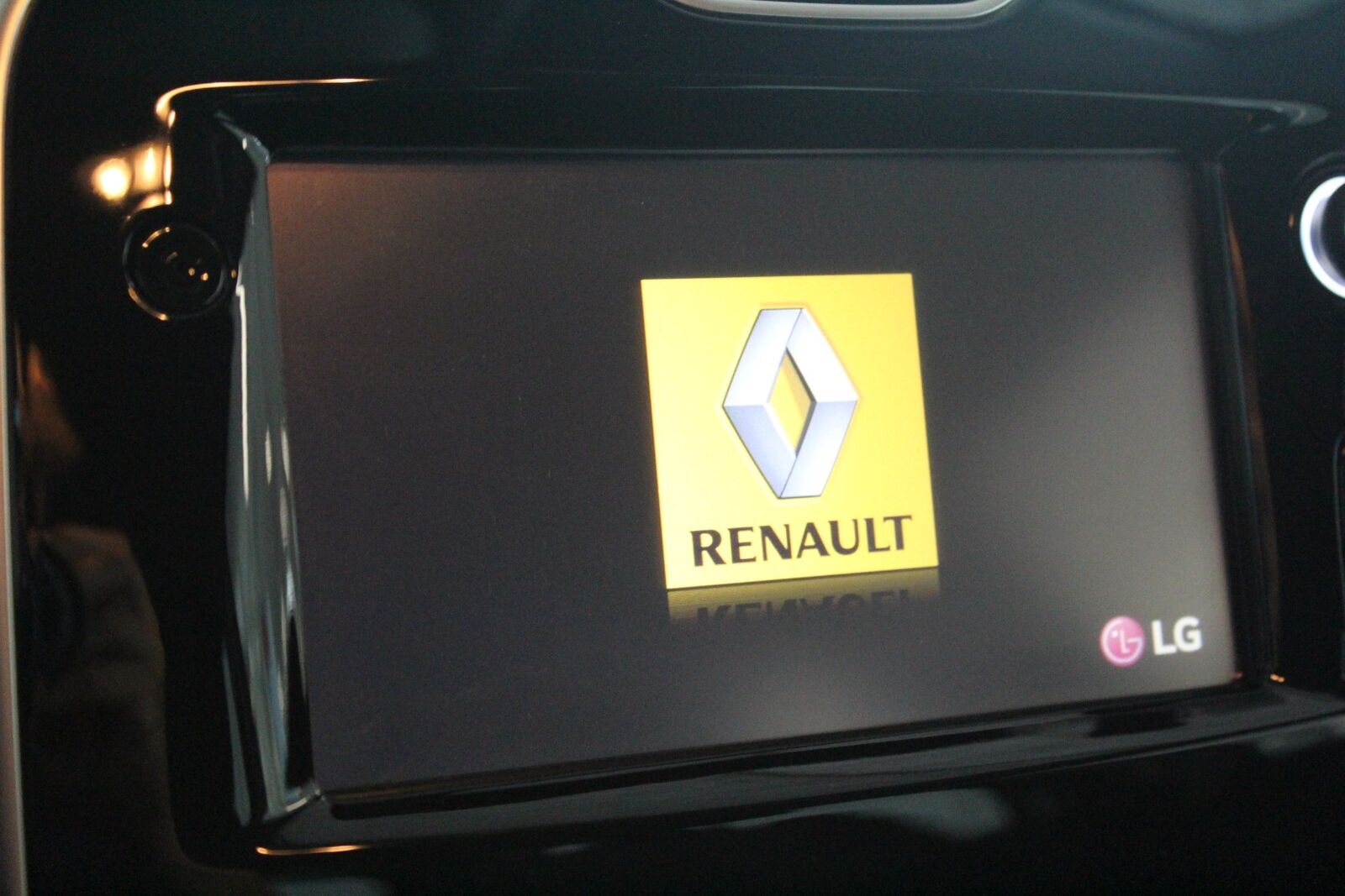 Renault Clio IV 0,9 TCe 90 Expression Sport Tourer