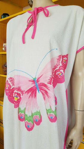 Vtg 70s Bubblegum Pink Butterfly Terrycloth Towel
