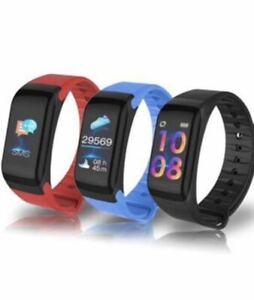 Smartwatch orologio fitness uomo donna tracker contapassi..