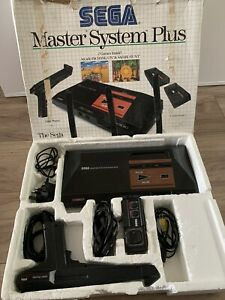 Sega Master System Plus Boxed Console, 2 Built In Games, Gun, Pad, All Wires
