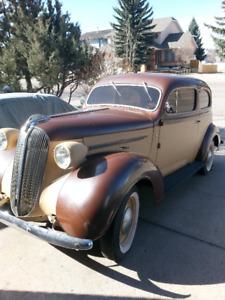 1937 Plymouth 2 door