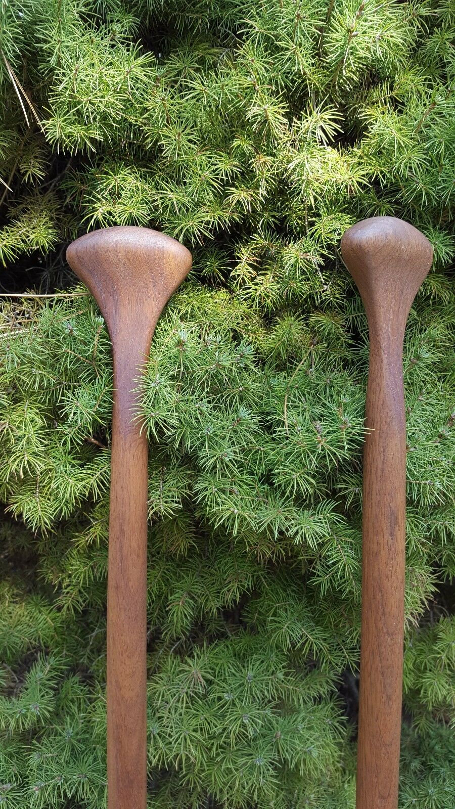 Two carved solid walnut grau Owl beaGrünail paddles -- -- -- sold as a pair 302b21