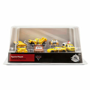 authentic disney cars 3 figurine play set toy figure ms fritter car cake topper 461073193172 ebay. Black Bedroom Furniture Sets. Home Design Ideas