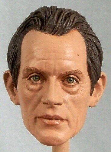 16 Custom retrato de Lance Henriksen como obispo de la película Aliens