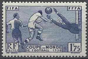 COUPE-DU-MONDE-1938-FOOTBALL-N-396-NEUF-LUXE-GOMME-D-039-ORIGINE-MNH-COTE-35