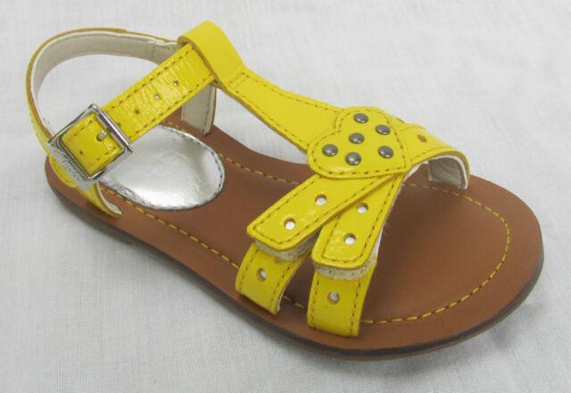 BNIB Clarks Girls Loni Lola Yellow Patent Leather Sandals F & G Fitting
