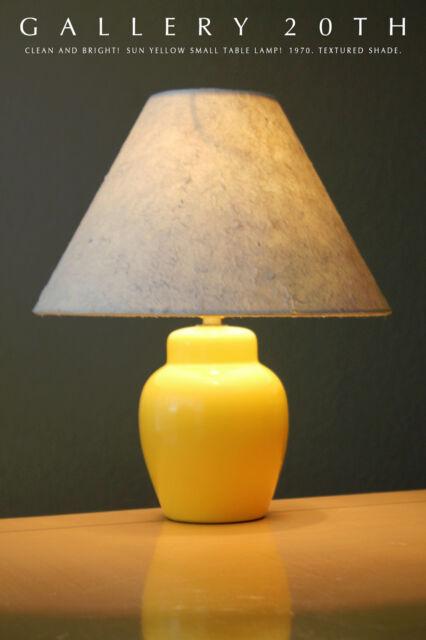 SWEET! MID CENTURY SUN YELLOW TABLE LAMP! ACCENT PANTON 1970's DECORATOR GALLERY