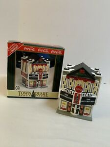 1998 Coca-Cola Town Square Collection State Theater