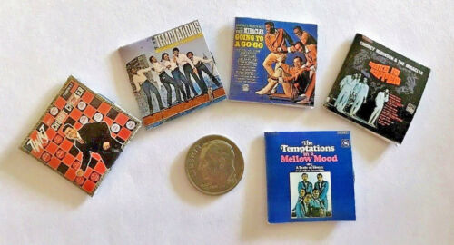 """Dollhouse Miniature Overstock Lot Sale /""""Record/"""" Albums with /""""Records/"""" #1 1:12"""