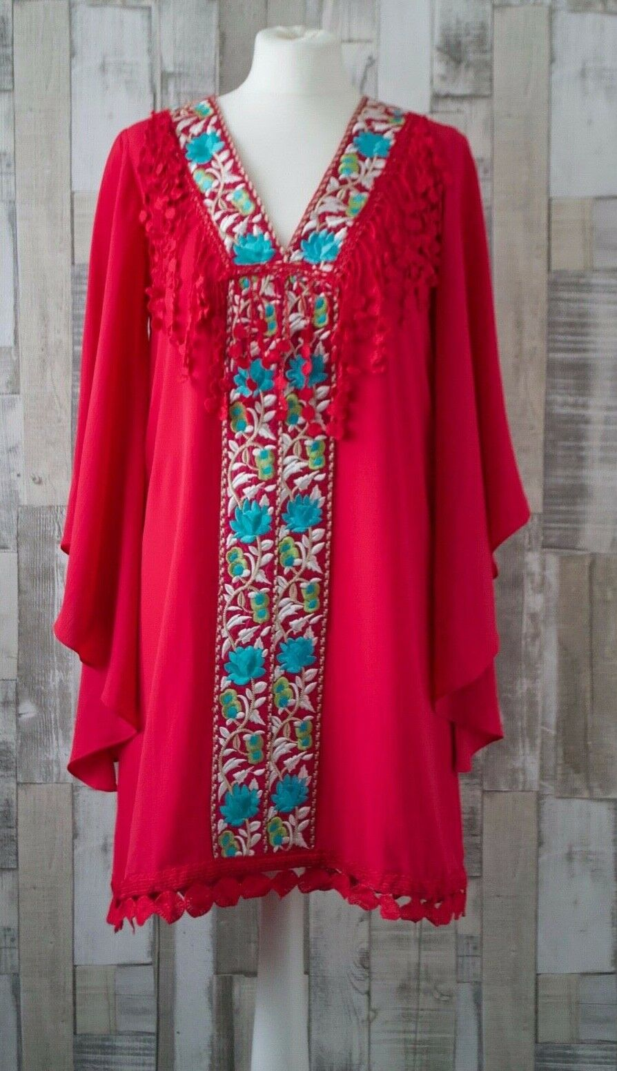 Valeria Derbais Pink Embroidered Fringed Shift Dress Boho Gypsy Style Size Small