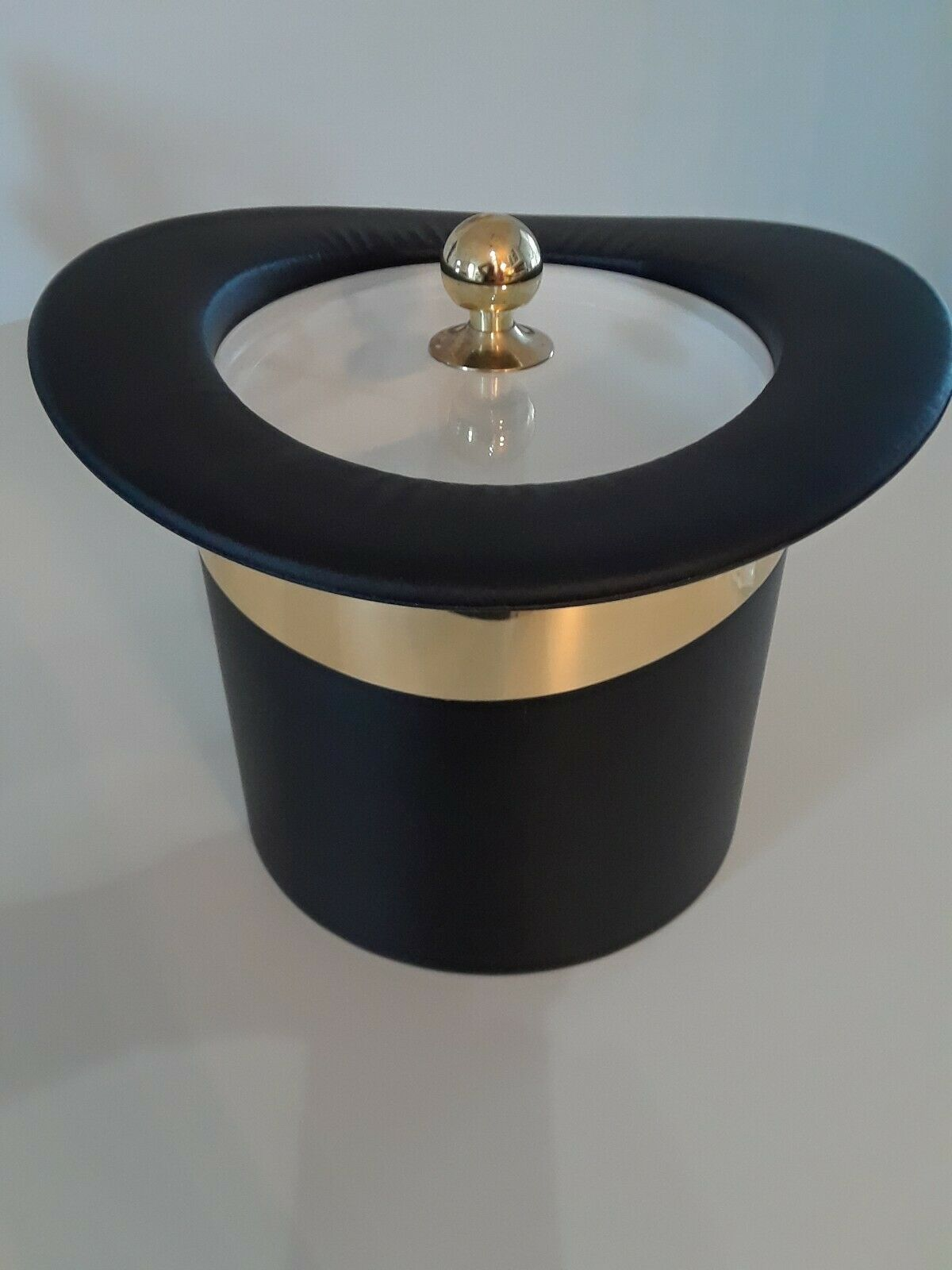 Kraftware Top Hat Ice Bucket With Gold Band Brass Top For Sale Online Ebay