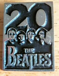 THE-BEATLES-20th-Anniversary-Clasp-Pin-1984-Capitol-Records-Lennon-McCartney