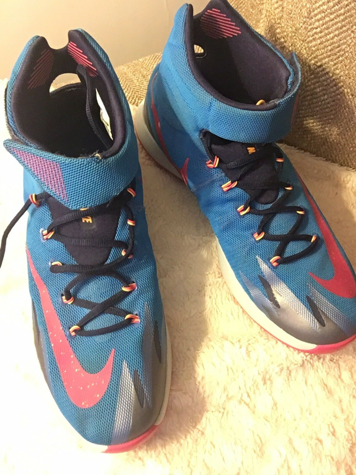 nike zoom hyperrev sneakers  Cheap and fashionable