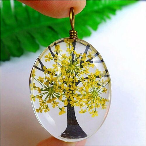 Multicolor Crystal Glass Dried Flower Oval Lucky Tree Pendant 40x30x17mm HH6338
