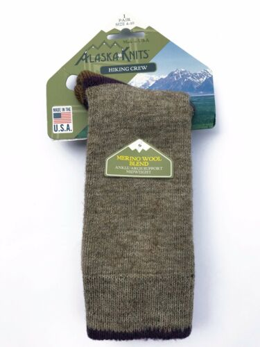 ALASKA KNITS™ MERINO WOOL LADIES/' TREKKING CREW SOCKS MADE IN USA