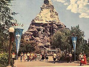 Walt Disney Disneyland Magic Kingdom 1964 Vintage  Postcard  N4