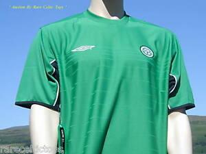 check out 32a95 b83b6 Details about BNWT Celtic F.C. Retro Umbro Training Shirt XL