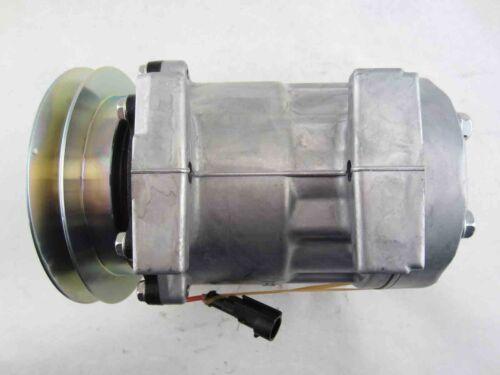 RYC Remanufactured AC Compressor Replaces Sanden 8174
