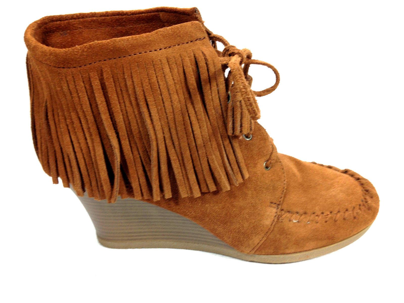 Minnetonka Fringe  Wedge Heel Mocassin 84022 Size 10 US.