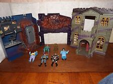 RARE Batcave Wayne Manor Batman figure toy playset villains penguin riddler 1991