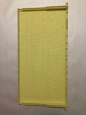 "Deep Super Frame 9 1//8/"" Black Wax Coated Plastic Frame"