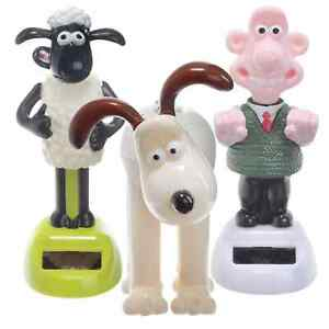Wallace and Gromit & Shaun the Sheep Figurine Set - Animated Solar Powered Pals