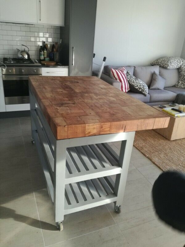 COFFEE TABLES,PLASMA STANDS ,8-SEATER TABLES,PEDESTALS FOR SALE/CUSTOM MADE WHATSAPP 0622399764