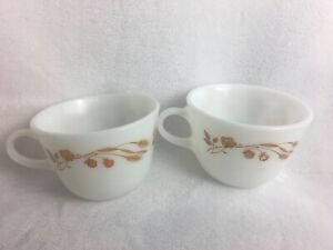 Lot Of 2 Pyrex Harvest Home Wheat Cups Tea Coffee Cups Excellent!