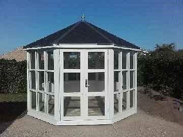 Modernistisk Brugt havepavillon i træ gavekort biograf fields HP83