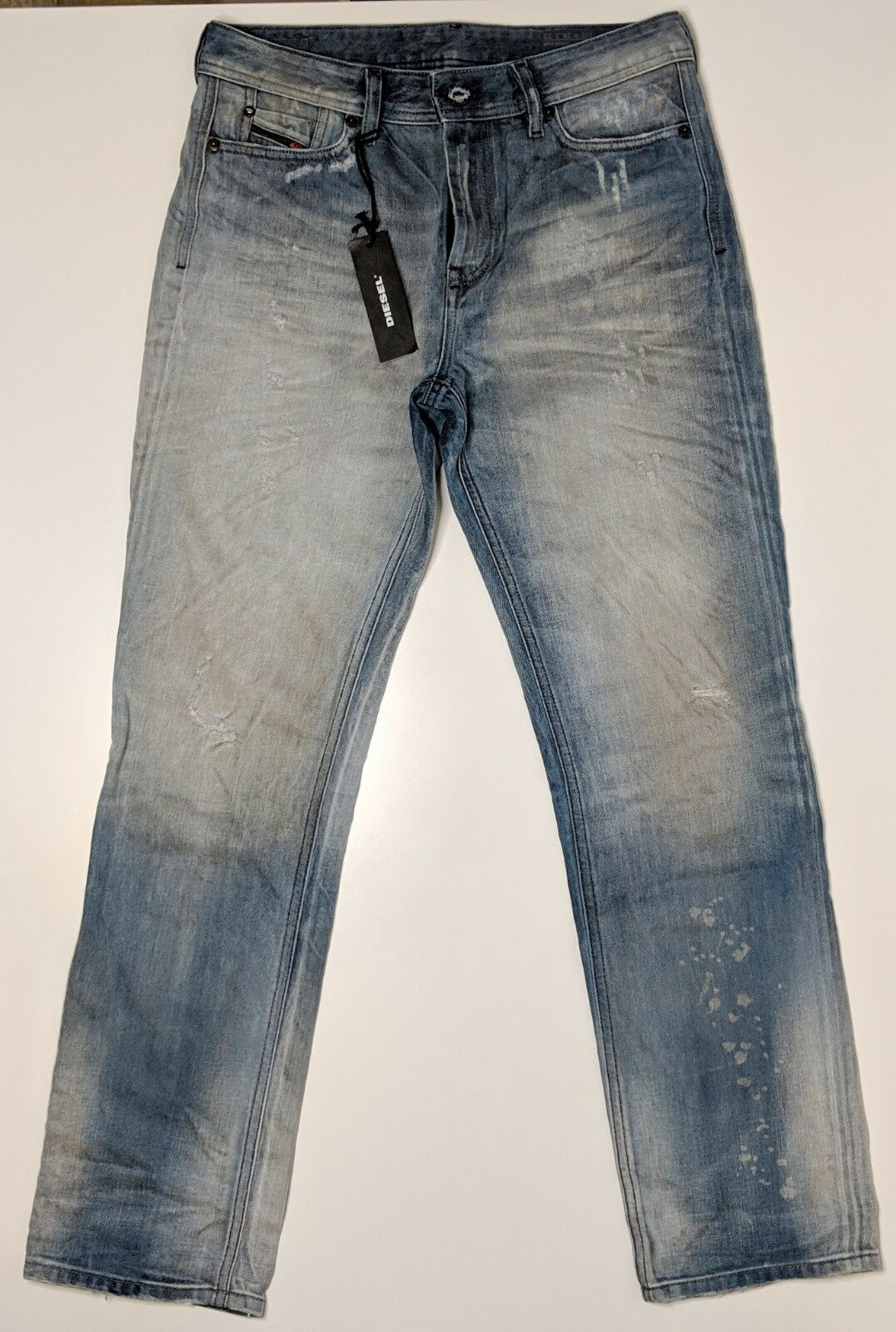 Diesel Mens bluee Reen Jeans. Size W28   L32. Brand New. Distressed look.