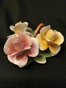 Vintage-Capodimonte-Italy-Porcelain-FLOWER-CANDLE-HOLDER-Figurine-5-3-4-034-x-4-034