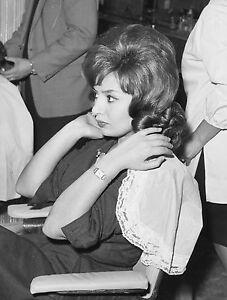 MARIA-SCICOLONE-PREPARATIFS-DE-MARIAGE-AVEC-ROMANO-MUSSOLINI-1962-02